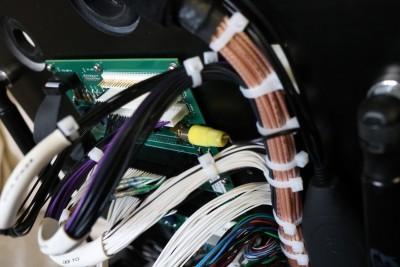 Internal wiring of functional test fixture